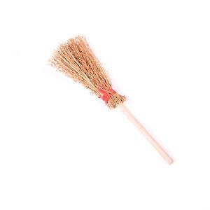1-12-Dollhouse-Furniture-Miniature-Wood-Broom-Dolls-House-Kitchen-Yard-Toys-k-yb