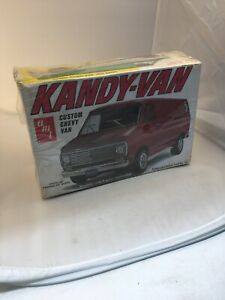 AMT-1-25th-Custom-Chevy-Kandy-Van-T246-Vintage-NOS