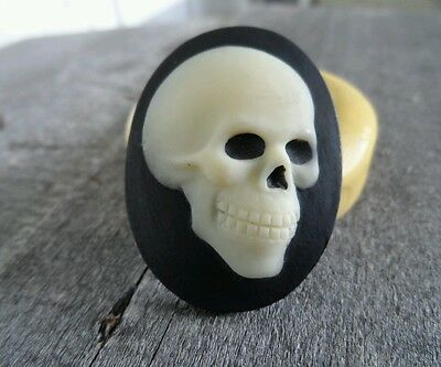 GOTHIC SKULL BONES cameo SILICONE push mold mould polymer clay resin food wax