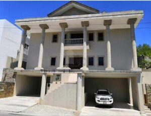 Casa sola en venta en Las Águilas, Guadalupe, Nuevo León