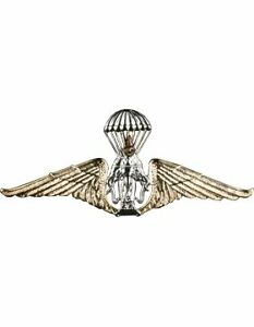 No-Shine Badge NS-307-3 Parachutist with Three Combat Stars