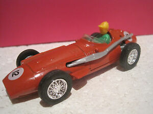 MATCHBOX-models-of-yesteryear-grand-prix-SUPERBE-MASERATI-250Fen-boite-d-039-origine