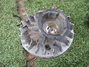 briggs-and-stratton-gold-series-6hp-engine-flywheel-inbox46