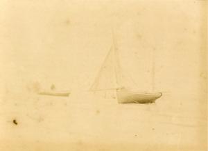 France, Beateaux sur la plage, ca.1880, vintage albumen print Vintage albumen pr
