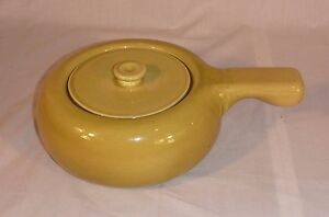Vtg-Mid-Century-Russel-Wright-Chartreuse-Lidded-Casserole-w-Handle-Steubenville