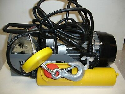 Silverline 264782 Silverstorm 500W Electric Hoist 250kg Load Capacity