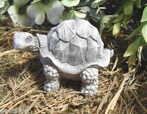 Latex-turtle-Mold-plaster-cement-mold