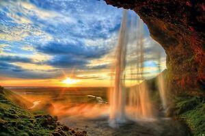Fototapete-Wasserfall-im-Sonnenuntergang-Wandbild-Wasser-Poster-by-GREAT-ART