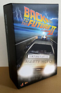Hot-Toys-Movie-Masterpiece-Back-To-The-Future-Part-2-Marty-Mcfly