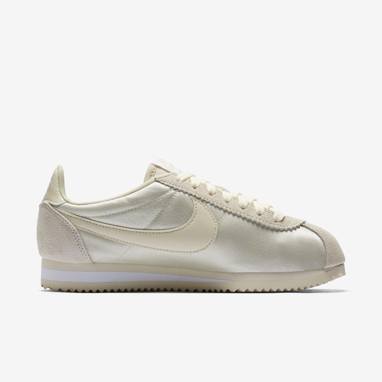 Women's Nike Classic Cortez Nylon Size 7 Fossil White 749864-201 FREE SHIPPING