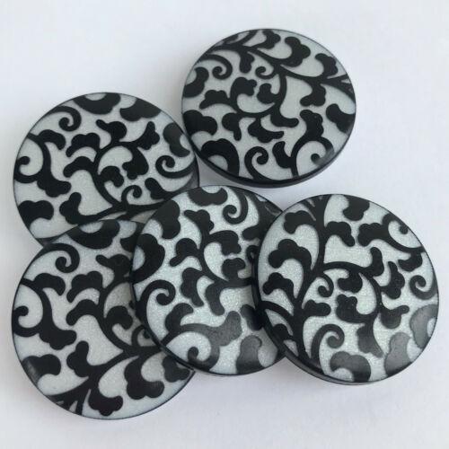 23mm por 5 Botones Caña en parte posterior 28mm Los botones de diseño de hoja de plata y negro 18mm