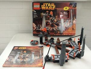Lego-Star-Wars-7257-Ultimate-Lightsaber-Duel-light-up-complete-box-instructions