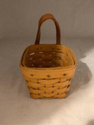 Longaberger Basket Combo  Medium Size Berry Basket Plastic Protector /& Product Card 1999 No Handle Fruit Basket
