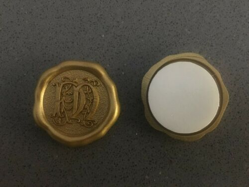 """Letter /""""M/"""" NIB set of 10 Anna Griffin Gold Faux Wax Seal"""