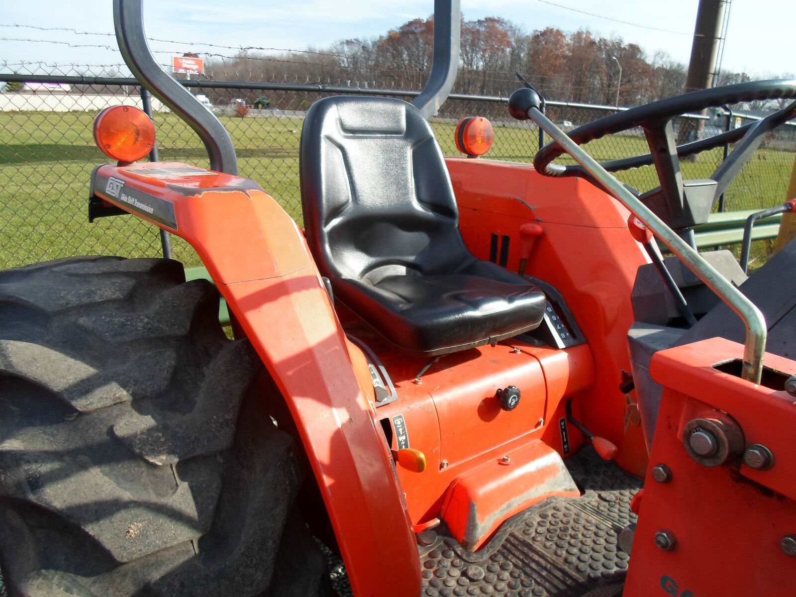 Nueva Alto Asiento Trasero Para Kubota Compacto tractores b7410, B7510, B7610  ir