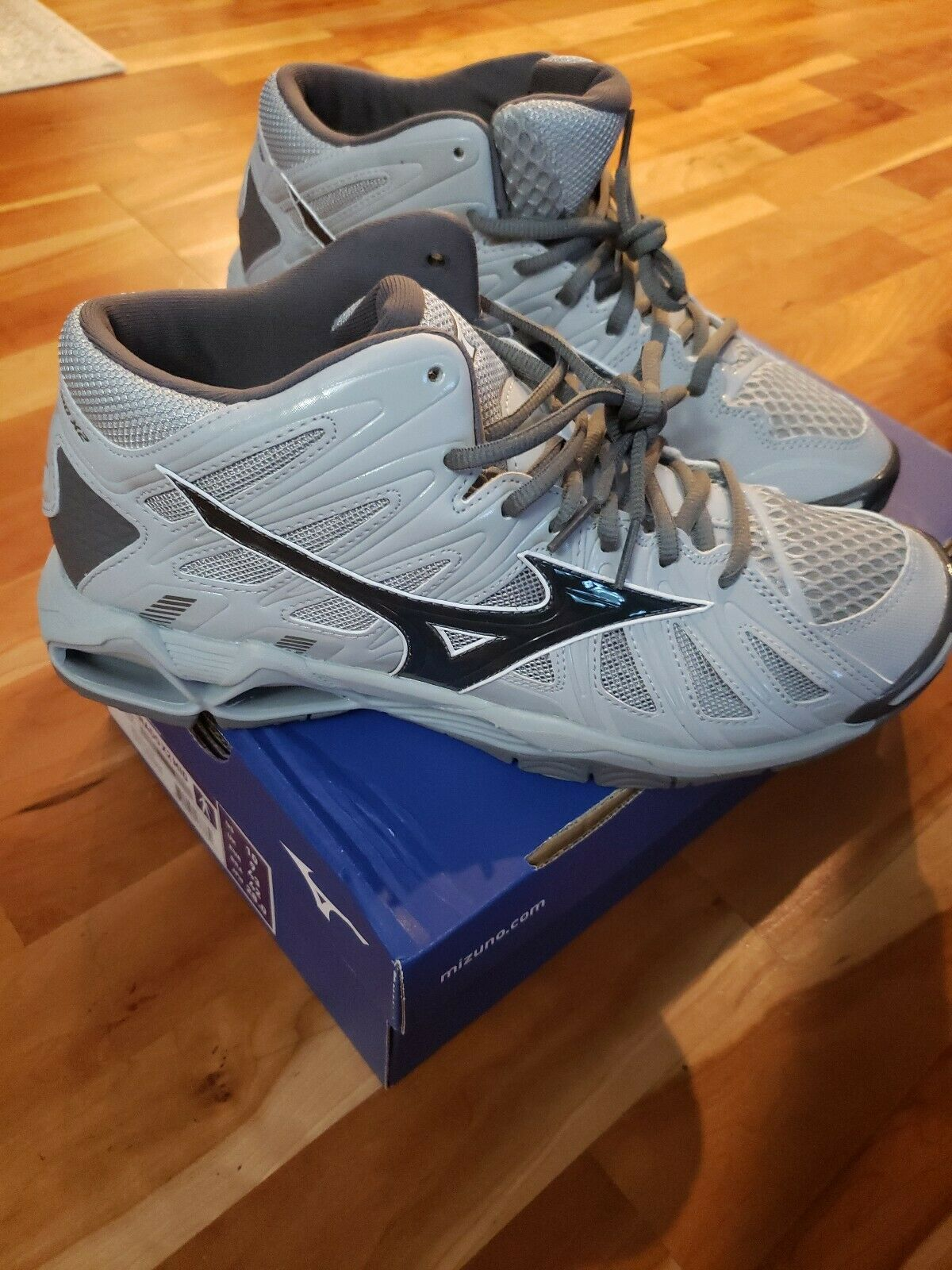 MIZUNO WAVE TORNADO X2 mid Homme Taille 10 Hommes Volley-ball Unisexe Chaussures pour Femme