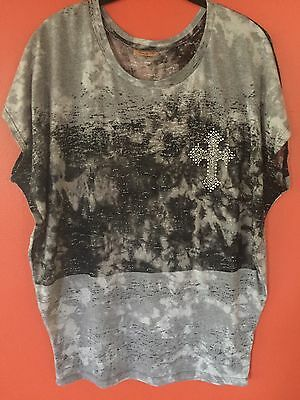 Janette Plus USA Junior's 2X Gray/Black Stretchy Top Cross Short Sleeves