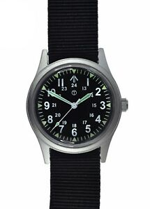 Brand-New-Military-Industries-12-24-1960s-70s-Pattern-NATO-General-Service-Watch