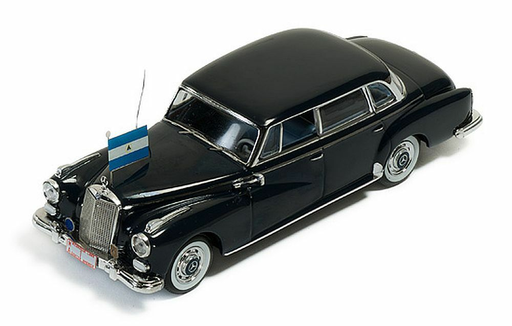 Ixo 1 43   Clc187 Mercedes-Benz 300d Lim. (1957)   President Somoza from