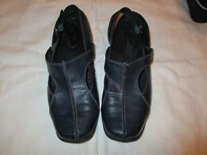 Easy-Street-Comfort-Wave-40-1460-casual-shoes-navy-blue-size-8-M-USED-EUC