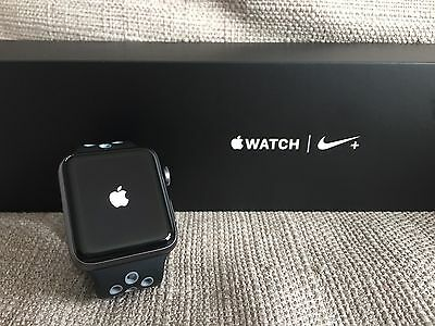 Apple Watch Series 2 Nike Edition 42mm mit OVP