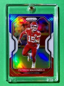 Patrick Mahomes RARE RED WHITE BLUE REFRACTOR PANINI PRIZM Well Centered + Mint!