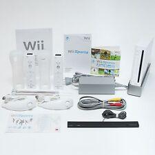 Nintendo Wii Sports Spielkonsole für 2 Spieler   Komplettes Starterset PAL Weiß
