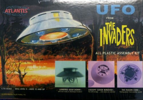 Atlantis UFO from THE INVADERS 1:72   Plastic Assambly Kit Neu OVP