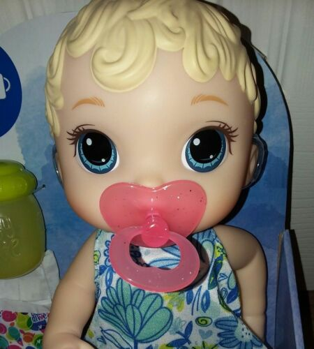 2 CUTE PACIFIERS    FITS GREAT ON BABY ALIVE LIL SIPS BABY   AND WET N WIGGLES