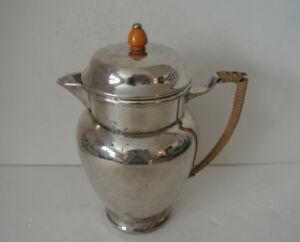 RARE-Victorian-Plate-EPBM-E-P-B-M-Silver-Plate-Creamer-Jug-w-Bakelite-Handle