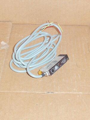 E3XR-CB4T Omron NEW In Box Fiber Optic Amplifier Photo Sensor Switch E3XRCB4T
