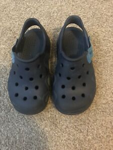 Crocs Boys Navy Sandals/Shoes Size C9