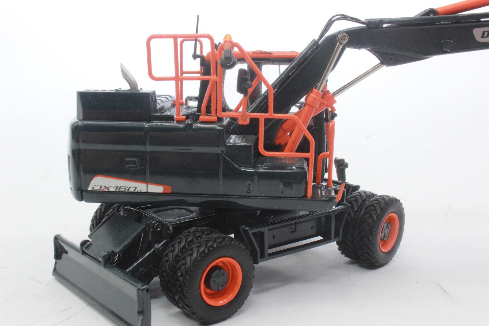 Uh 8138 Doosan Dx 160 W Pelle sur Pneus Edition Noire Limité 1 50 Nouveau