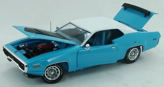 1971 Plymouth Roadrunner Petty Blau 1 18 Car World 1012