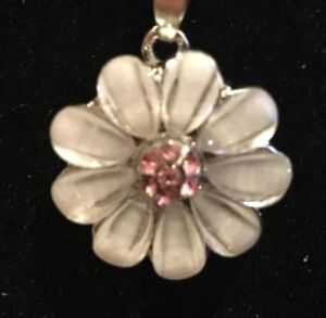Snap-Jewelry-Snap-charm-button-white-flower-pink-crystal-interchangeable-18mm
