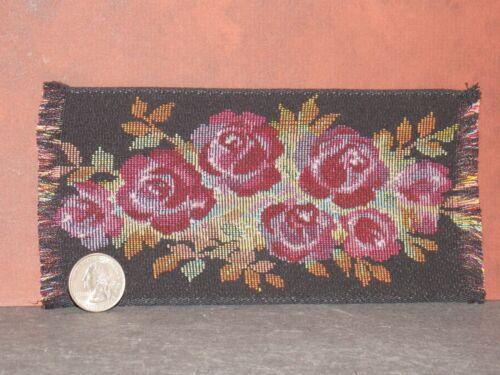 Dollhouse Miniature Area Rug Black Rose 7.5 X 3.5 1:12 scale Y0 Dollys Gallery