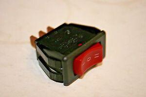 McGill Full Size Rocker Switch 110 VAC w// indicator SPST 0852-1311