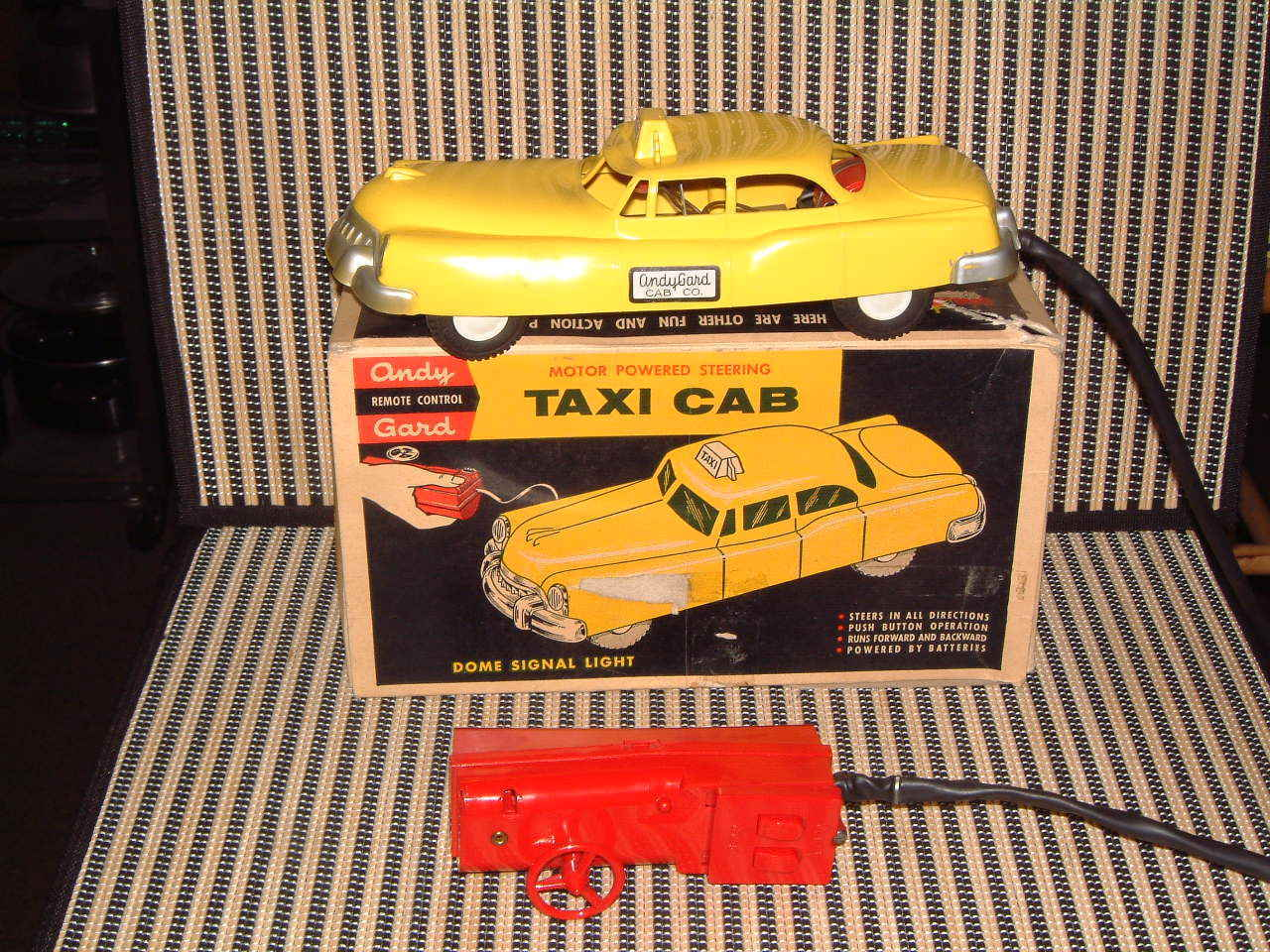 ANDY GARD MOTOR POWErosso STEERING  TAXI CAB  W ORIGINAL BOX, WORKING PERFECTLY