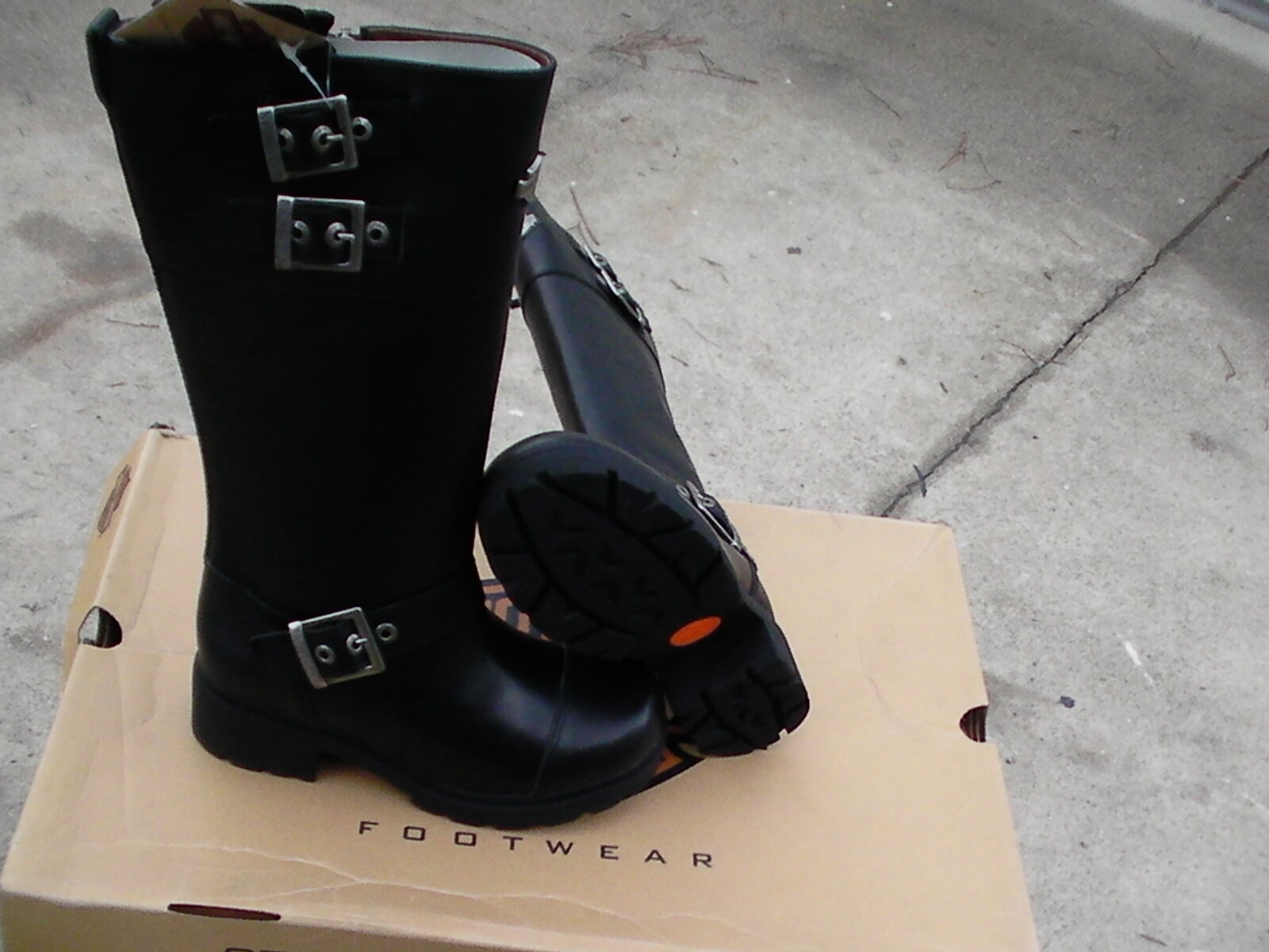 Womens Harley Davidson riding boots 13  tall size 8 us new