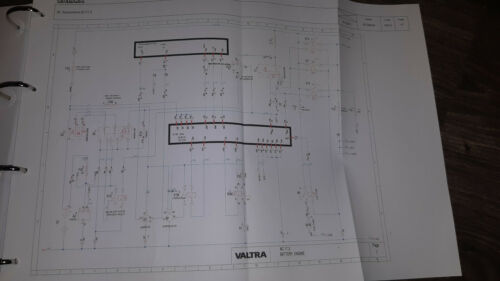 Business, Office & Industrial Agriculture/Farming Valtra Tractor ...