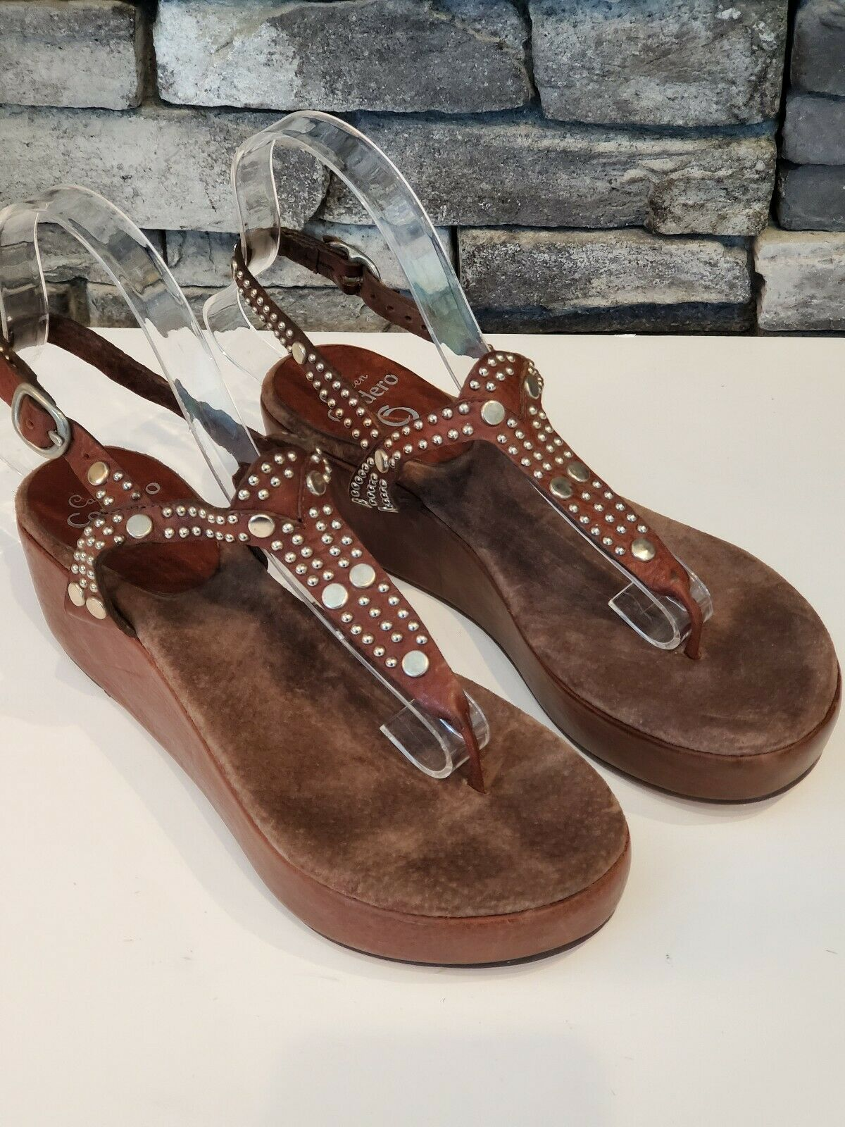 NWOT Calleen Cordero Marronee Leather  argento Studded Wooden Platform Sandal Dimensione 7  wholesape economico