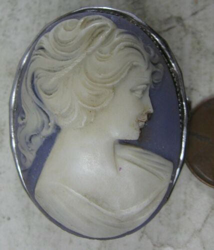 """Vintage 1950's Large Cameo Pin 1 3/4"""" #1"""