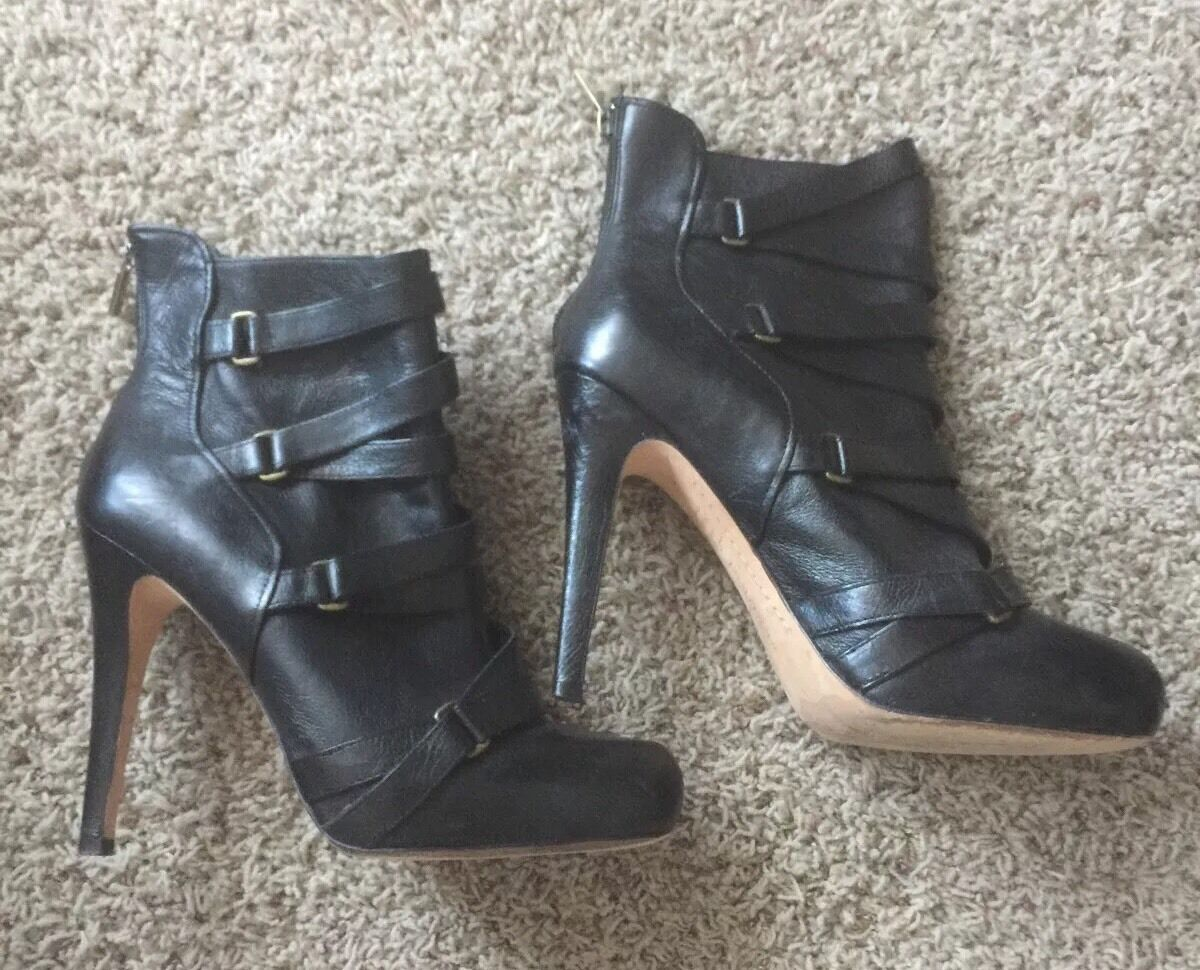Boutique 9 Leather High Heel schuhe Stiefelies Stiefel 8.5 Run Big