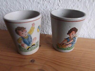 2 Steingut- / Trinkbecher Mit Kindermotiv Produkte HeißEr Verkauf