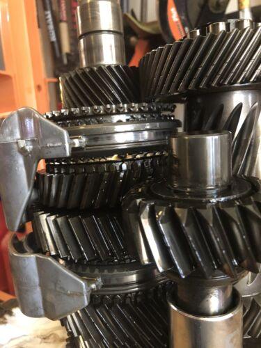 Jeep NV3550 5sp Late Design Transmission Rebuild Kit Jeep 2000-01 33mm C//S Brgs