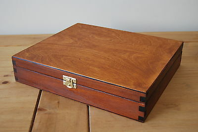 PLAIN WOOD WOODEN BOX  29x25x6cm IN BROWN COLOR