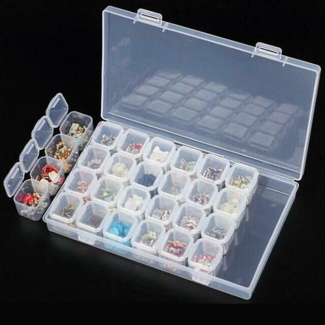 Plastic 28 Slots Clear Nail Tools Jewelry Storage Box Case Organizer Beads
