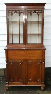 1910-Mahogany-Bookcase-with-Glazed-Top-for-Display