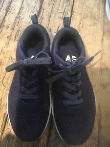 APL Women's TechLoom Ascend Shoe Navy