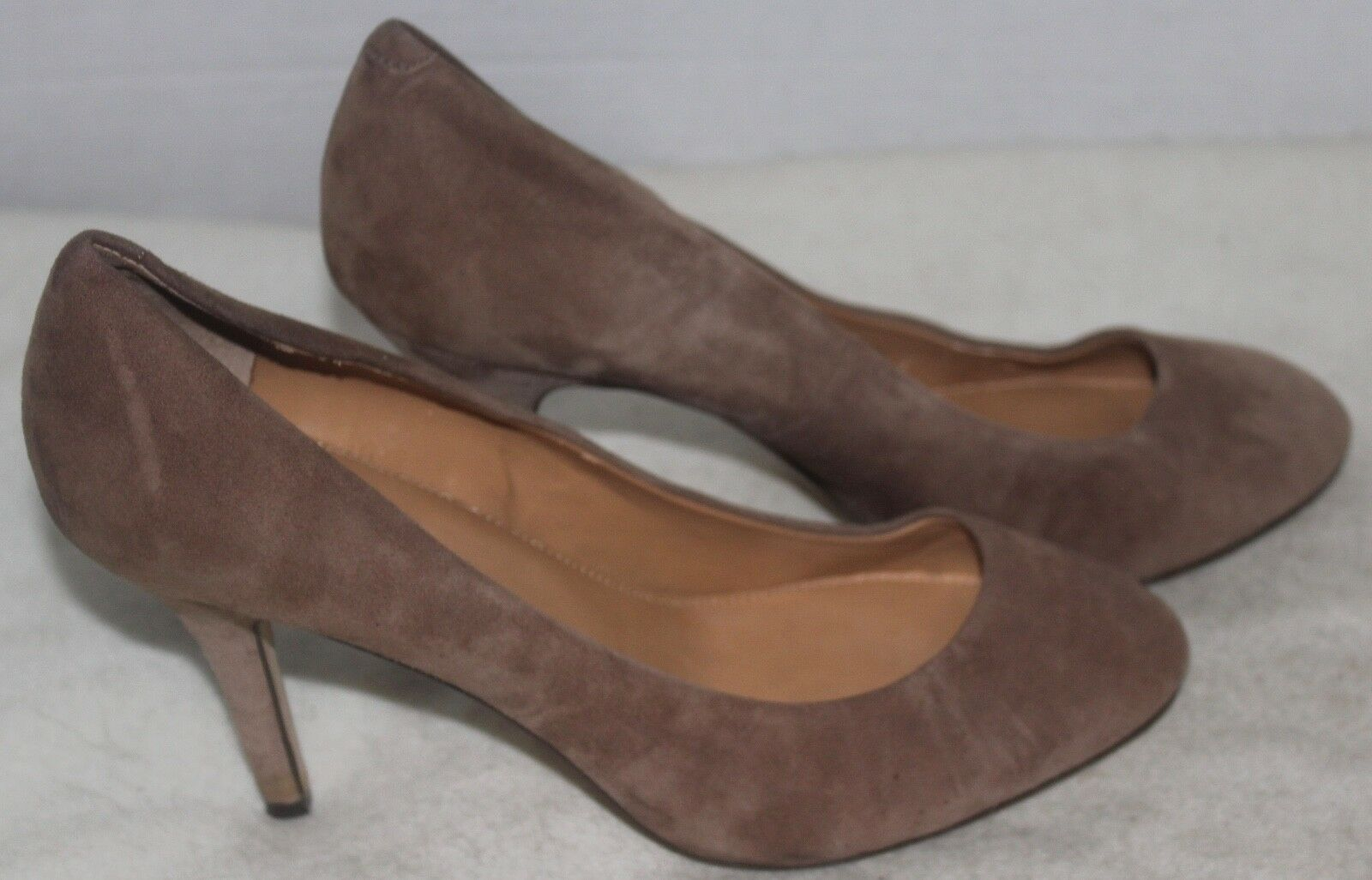J.CREW  245 245 245 damen's Größe 8.5 Tan Suede Classic Pumps Heels Größe 8.5 f97fb5